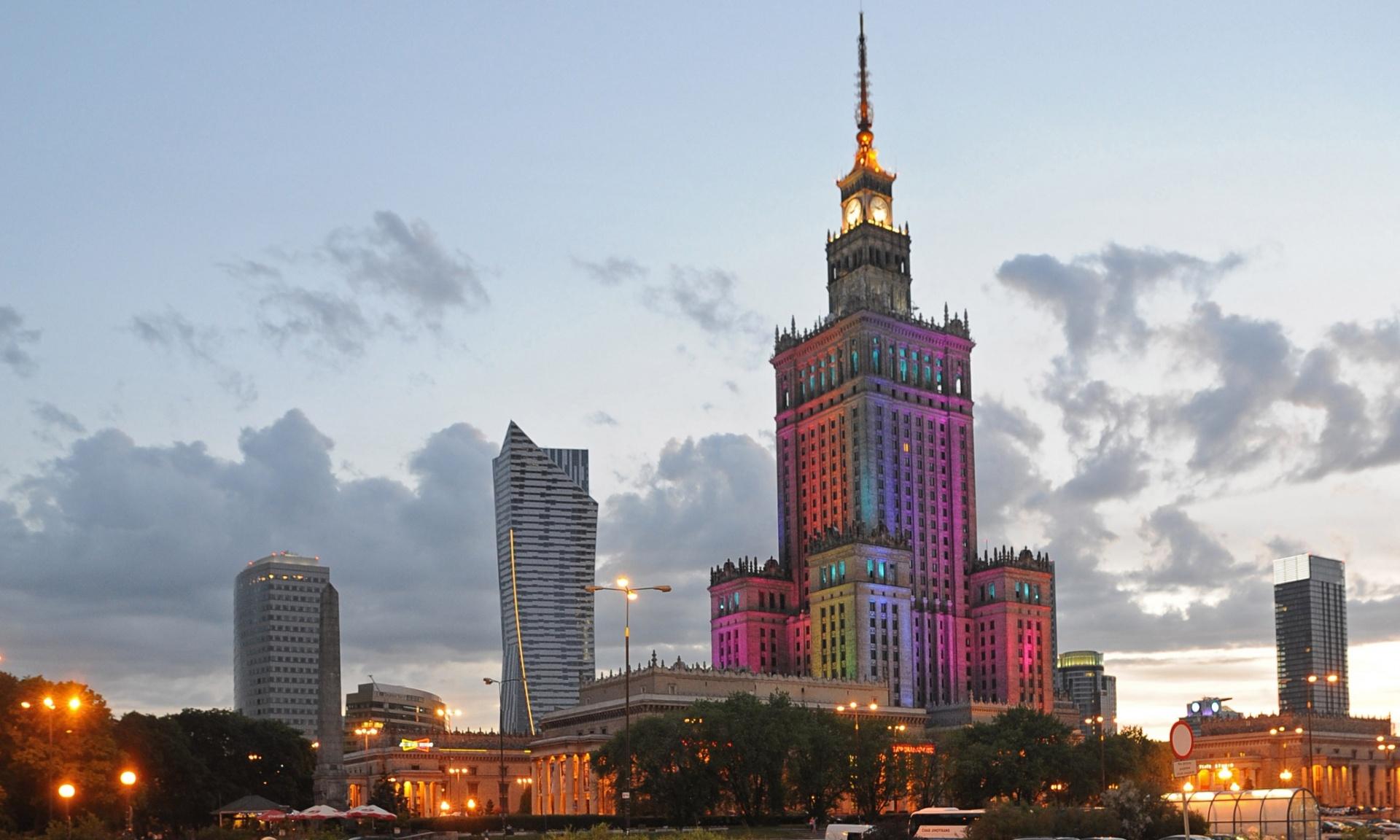 В Варшаве предложили снести сталинскую высотку